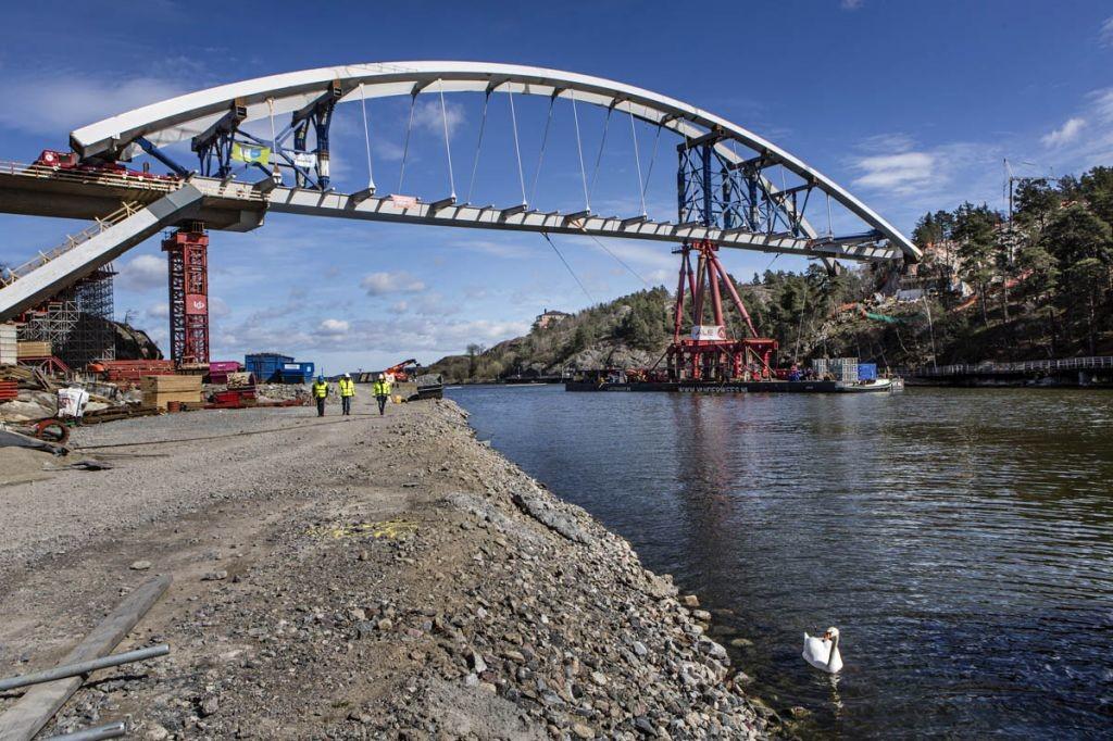 L495-7-Nacka-Bridge-Stockholm-Sweden.jpg